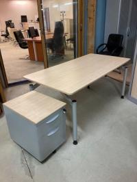 Bureau Droit STEELCASE DIM :120x80cm,140x80,160x80,180x80 cm