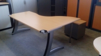 "Bureau plan "" Vague "" STEELCASE   DIM : 180 x 140 cm"