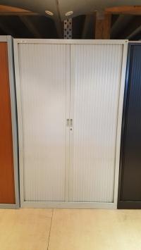 Armoire Haute Gris Clair Larg 120 cm