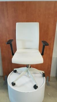 Fauteuil de bureau Akaba Muga 2 Blanc