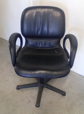 Fauteuil d'acceuil cuir noir Steelcase occasion