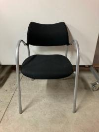 Chaise visiteur noir