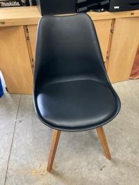 Chaise noir scandinave