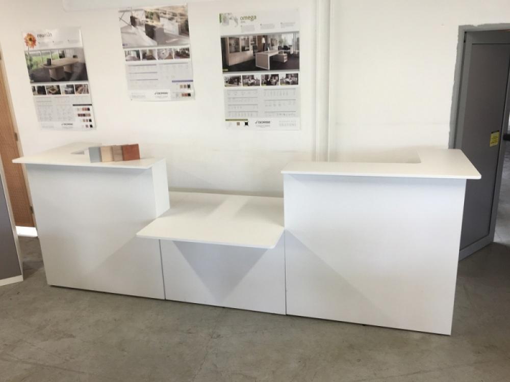 mobilier dpu tat mobilier de bureau neuf banques et zone d 39 accueil banque d 39 accueil j gorbe. Black Bedroom Furniture Sets. Home Design Ideas